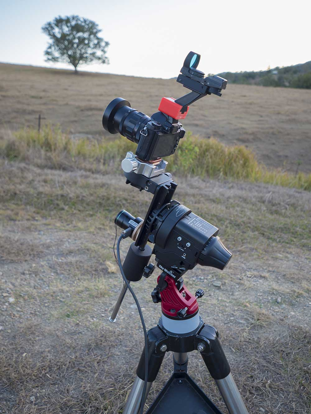 Astrophotography with the OMD EM5 and Voigtlander 25mm